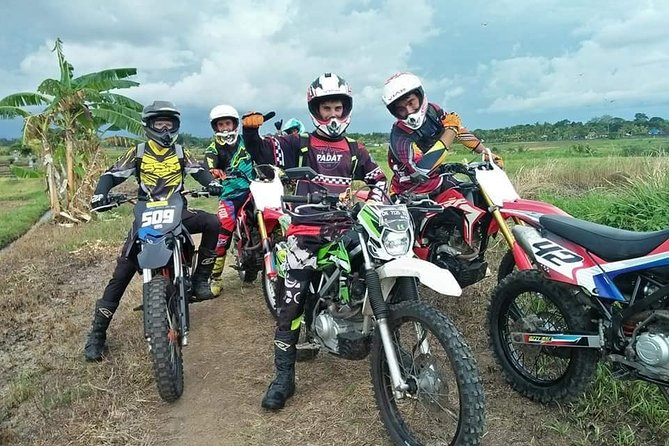 Experience the various trails In Bali. Suitable for all levels of riders. Our trained guides will meet you in Bali and take you to areas very few people can access to show you the most spectacular views of Bali. Our experienced guides will give you tips to surpass your limits during Bali dirt bike adventures on exciting motocross trails.