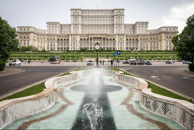 If you stayed too much in the house becouse of the virus and you want to travel virtually we offer you a guided tour of Bucharest. <br><br>Our guide will tell you the most interesting things about the buildings and the history of this city.<br><br>Today's technology allows us to show you interesting places without getting up from your armchair. We use video on WhatsApp, Zoom or Facebook. We will show you short movies and pictures and we will give you all the necessary explanations. <br><br>You will take part at a private tour where you can ask questions or change the topic.