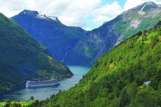 There is no better way to see Geiranger than this Hop On Hop off tour allowing you to see all the sights at your convenience. You can jump on any bus from the 4 stops we offer from 9am till 4pm.<br><br>Cruise Terminal<br>Norwegian Fjord Centre<br>Westeras Farm<br>Flydalsjuvet Viewpoint<br><br>the fantastic views of beautiful Geiranger aboard City Sightseeing double decker buses! The small town of only 250 inhabitants is surrounded by dramatic landscapes, steep hills, and the breathtaking Geiranger Fjord. Hop on and enjoy the beautiful views.
