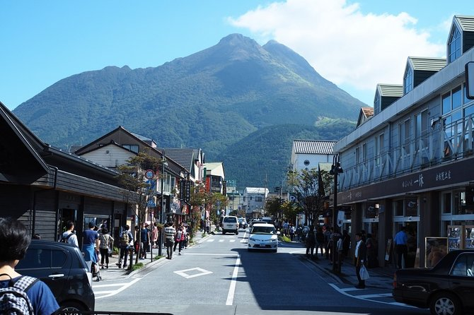 Yufuin Half-Day Private Trip with Nationally-Licensed Guide, Oita, JAPÃO
