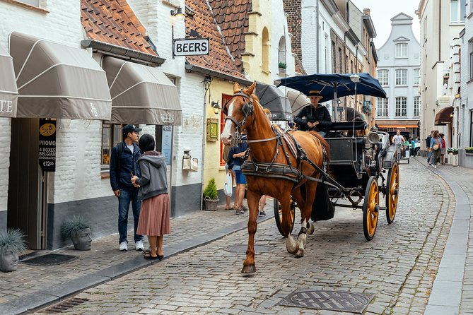 MÁS FOTOS, Lonely Planet Experience: Bruges Unveiled - Kickstart Walk