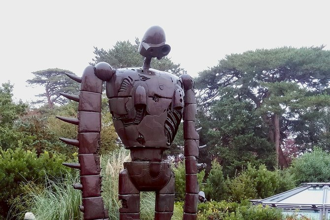 Visit the Ghibli Museum, the museum showcasing the work of the Japanese animation studio, Studio Ghibli. Tickets are not available at the museum (tickets must be bought in advance) and are often sold out, so pre-ordering tickets in advance is recommended. We will find the tickets for you and deliver them to your hotel or other accommodation so that you can visit the museum on the ticket date you desire.