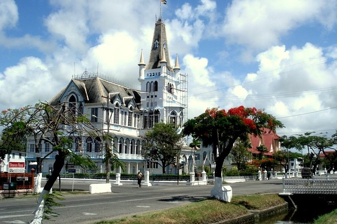 This tour will open up for you the exciting wilderness of Guyana Suriname and Brazil.Discover vestiges of colonial British, Dutch and Portuguese architecture,and the amazing wildlife of the region.