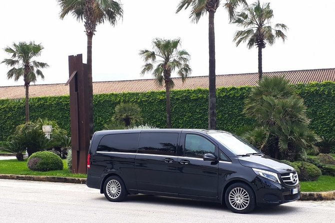 Book your private transfer from Palermo or Palermo city airport, to Hotel Costa Verde Cefalù or vice versa.<br>We take you directly to your destination in one of our cars, minivans or minibuses.<br> What's Included:<br>- NO HIDDEN COST<br>- PROFESSIONAL DRIVERS<br>- FREE CANCELLATION UP TO 24 HOURS BEFORE YOUR ARRIVAL<br>- MEET & GREET SERVICE (Our driver will wait for you in the arrival hall with a sign with the name of the main passenger)<br>- FREE BOTTLE WATER<br>- 60 MINUTES OF WAIT