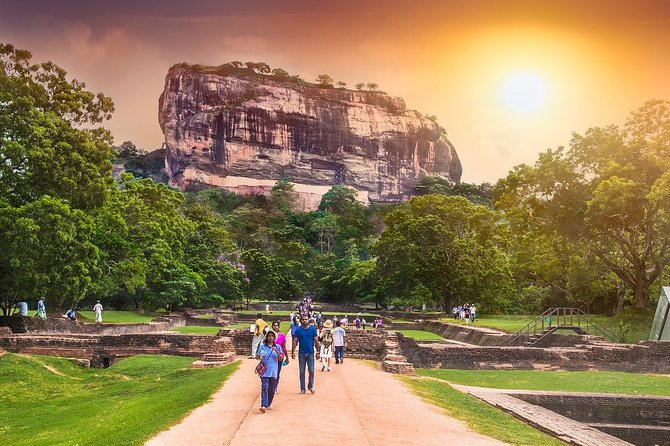 Globeenjoy Tours is one of the most trusted reliable and registered tour companies in Sri Lanka. This 4 Days 3 Nights tour will give you an unforgettable lifetime experience for affordable fees. Our professional team will look after you safely and make you comfortable during the tour. We always try to customize our tour according to the needs of yours. We welcome you to Sri Lanka and the trustworthy hands of Globeenjoy