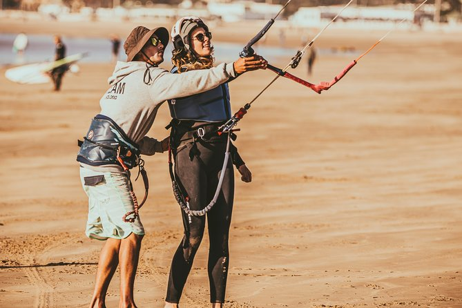 Kitesurfing Lessons in Essaouira Beach, Esauira, MARROCOS