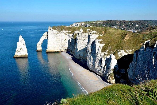 Etretat Tour : Epic Cliffs and Charming Town, El Havre, FRANCIA