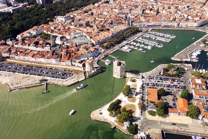 La Rochelle: 1-Hour Sightseeing Flight, La Rochelle, França