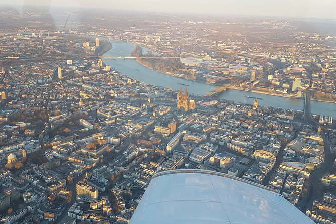 Cologne: 1-Hour Sightseeing Flight, ,