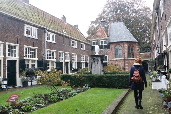 Walk & Explore Leiden with an interactive Qula City Trail, Leiden, HOLANDA