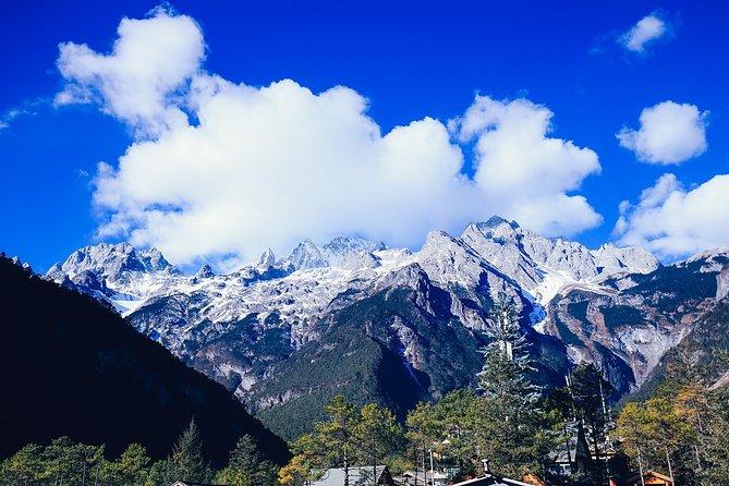 Private Day Tour of Lijiang Jade Dragon Snow Mountain and Black Dragon Pond Park, Lijiang, CHINA