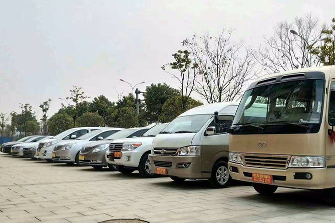 Private Round-Trip Transfer Service to Tiger Leaping Gorge from Lijiang, Lijiang, CHINA
