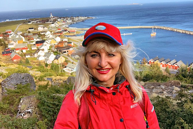 This 4 hours tour is the best option to get to know all Alesund`s highlights. We travel by unique routs to avoid crowds and queue, our guests enjoy sightseeing with privacy and guide`s attention. Ideal tour for all kind of Ålesund`s guests: first-time visitors, shore excursion, mature travelers, Scandinavian lovers…<br><br> This tour combined the most popular highlights of Alesund city: numerous of Vikings islands, the birthplace of the famous Viking Rollon, ancestor of British Royal Family, subsea tunnels, majestic panoramic view over Alesund city, some local gems and treats.<br><br>After the amazing traveling, most of the guests prefer to spend time in Art Nouveau town with shopping, having a glass of wine or local beer, tasting of Norwegian dishes with fish of the day from the nearest fjords.<br>Join us!<br>