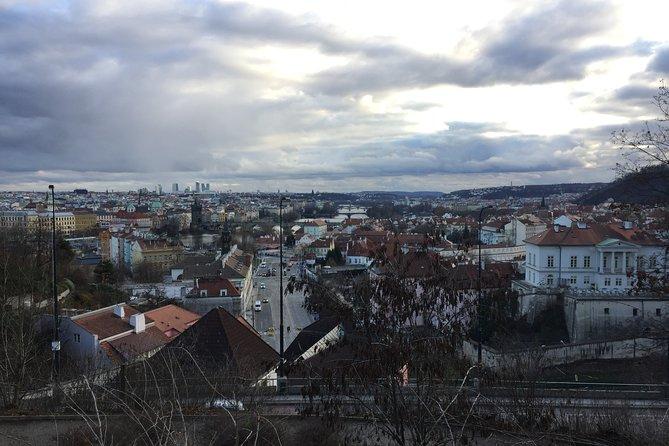 Transfer Berlin-Prague or Prague-Berlin, with optional 2 hours visit to Dresden, Berlin, ALEMANIA