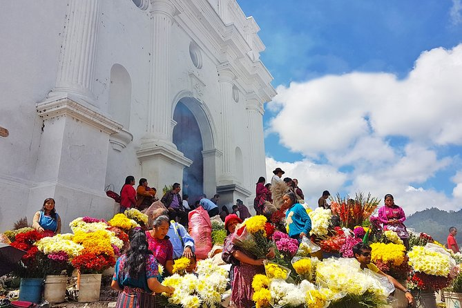 At Chichicastenango Maya Market you will witness ancient Indian rituals at the Santo Tomas Church,also enjoy the picturesque outdoor market where locals from the region gather to buy and sell fruits, vegetables, flowers, grains, animals, textiles and handicrafts. <br><br>