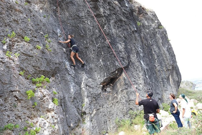 Our guides provide a safe environment in which you can experience hiking, rappelling and best of all, climbing. Each guide has years of experience both as a climber and a guide to ensure that you have a fun, memorable experience.