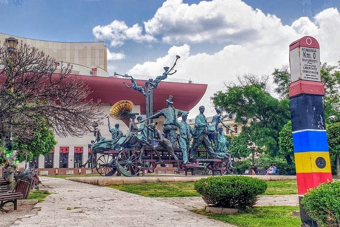 Bucharest Past and Present - Step by Step Private Walking 3hrs Tour, Bucarest, RUMANIA