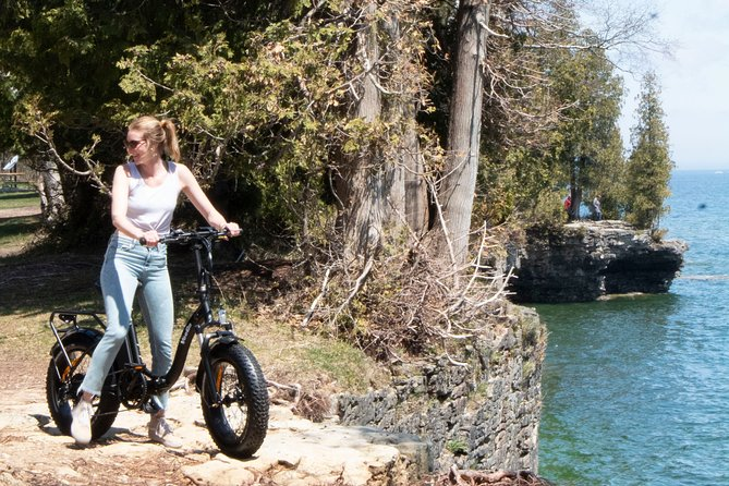 This e bike tour sets off to see a few of the many precious gems of Door County. <br><br>You will experience old man winters beautiful creations covering thousand year old caves, ancient fossils, and Whitefish Dunes State Park.<br><br>After an introductory bike lesson, we head towards Cave Point, you'll follow the coast until seeing the coves of Cave Point County Park covered with ice castles and snow.<br><br>At this point, we bike toward Whitefish Bay State Park. There are some nice trails to bike on and the tree covered area makes for a subtle scenic location.<br><br>Book direct on our website please. DoorCountyKayakTours