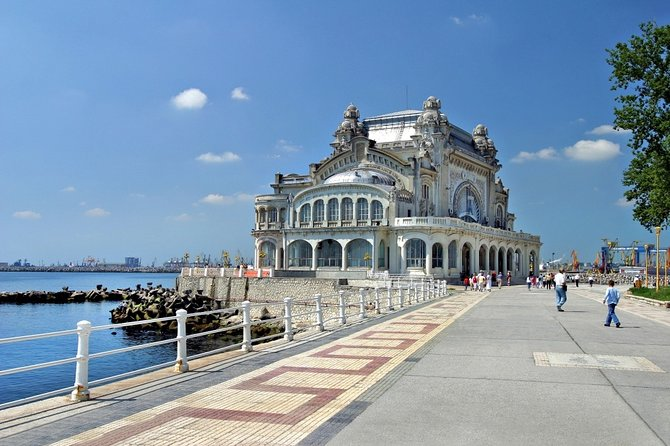 For tourists who are in a hurry and want to check off a short adventure on the Black Sea coast off their list, we recommend a day-trip to Constanta, to visit Old Town and The OLD CASINO also the famos Mamaia Resort with a personal guide, guaranteed to provide an unforgettable experience.<br>Funny moments are on the list!