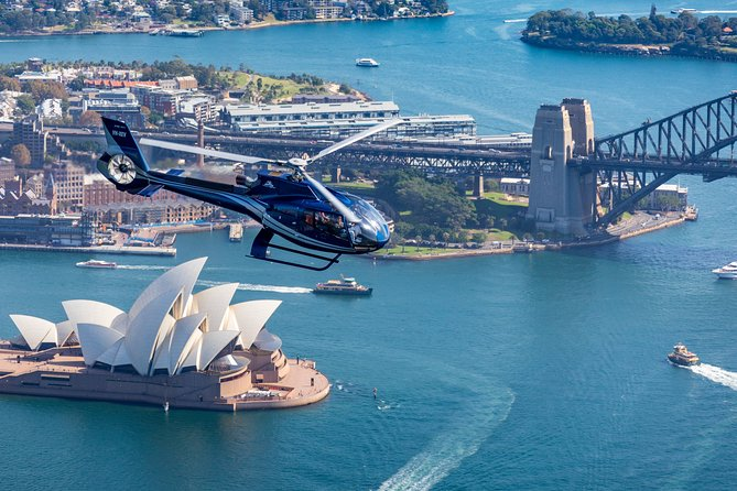 Fly over beautiful Sydney Harbour by helicopter for a bird's-eye view of Sydney. Your expert pilot will provide informative commentary on all the sites as you soar through Sydney skies for approximately 20 minutes. You'll have the best vantage point of Sydney and its sparkling blue harbor, 1,000 feet up in the air during your memorable helicopter flight.