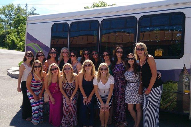 Niagara Wine Tour and Tastings with Included Transportation, Cataratas del Niagara, CANADA