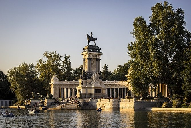 Private Tours during 5 days in Madrid with private pick up and entrance tickets, Toledo, Espanha