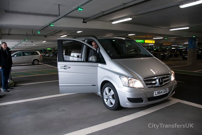 Private Aberdeen Departure Transfer - Hotel / Accommodation to Airport, Aberdeen, ESCOCIA