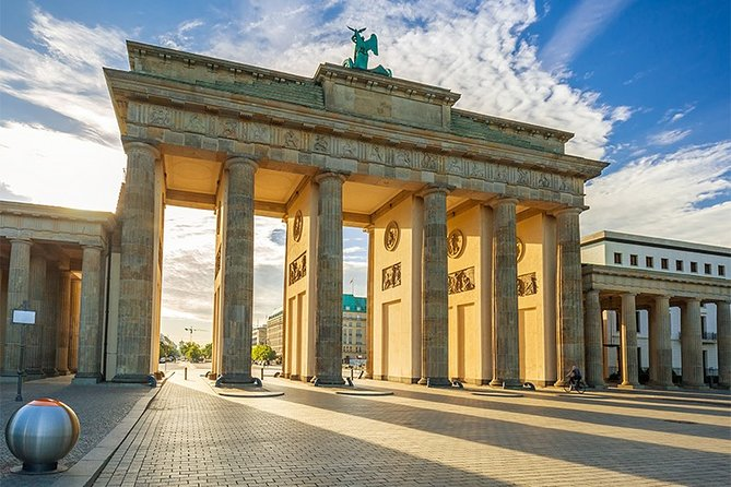 Best of Berlin & Sachsenhausen Concentration Camp Join-in Shore Excursion, Rostock, ALEMANIA