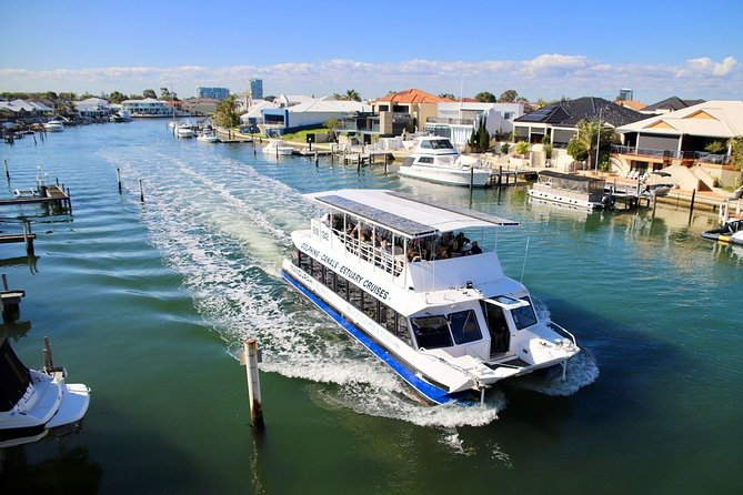 Mandurah Dolphin and Scenic Marine Cruise, Mandurah, AUSTRALIA