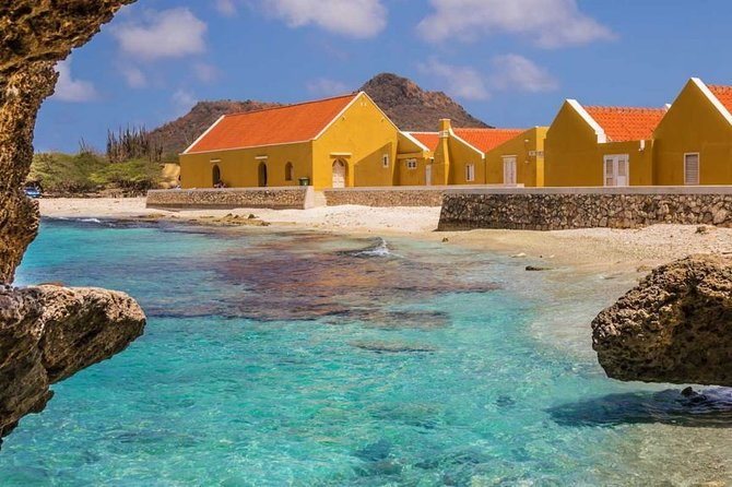 Spend the day exploring Washington Slagbaai National Park in Bonaire! This tour takes you to deserted beaches, lighthouses and blow holes located within the park. Your guide will show you all there is to be discovered on this 7-hour tour, that includes hotel pickup and drop-off.