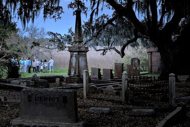 Experience the chills of Charleston's only on-site graveyard tour. You will get an exclusive opportunity to walk inside the gates of Charleston's oldest graveyard after dark. Walk through Charleston's haunted Historic District, and hear stories of ghosts, haunted houses, voodoo and Low-country superstitions.