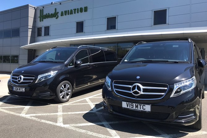 Luxury Transfers to/from London Stansted Airport (STN) to London<br><br>Latest models of he Mercedes-Benz V-Class that will take up to 7 passengers and 7 suitcases. <br><br>All our vehicles have: <br> • Bottled Water for all passengers <br> • Free Wi-Fi <br> • Mobile phone chargers <br> • Child/baby seats (if requested at time of booking)