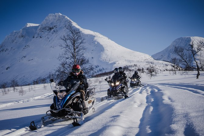 Snowmobiling & Ice Domes Guided Tour, Tromso, NORUEGA