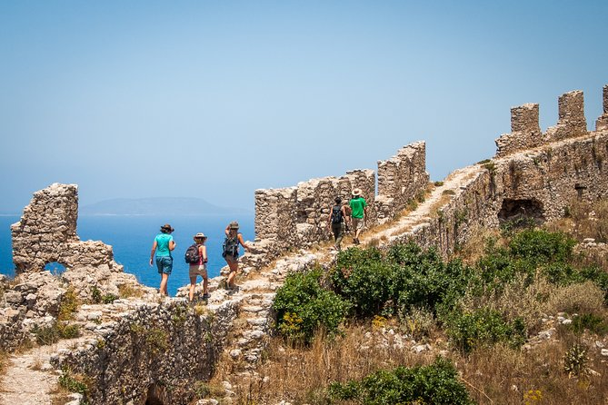 Hiking around Navarino Bay, Kalamata, GRECIA