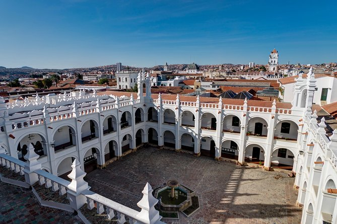 "An exclusive tour for all the romantics of the world! Together with the professional local guide, you will visit the most romantic places in the city. What ancient mysteries lies in the ""Charming Cathedral'' of Sucre? You will feel spellbound in a charming atmosphere. What is considered as one of the best places to have a date in the city? Where can you make lovely photos? You will be surprised how many historical love stories are hidden in the streets, buildings, parks of the city. From heartbreaking and tragic, to the hilarious or spicy ones. What is so fascinating about the love story of King Philip II? How many have seen the ""Lovely View"" of Parque Bolivar Bridge? This tour is especially recommended in the Saint Valentine period! <br>"