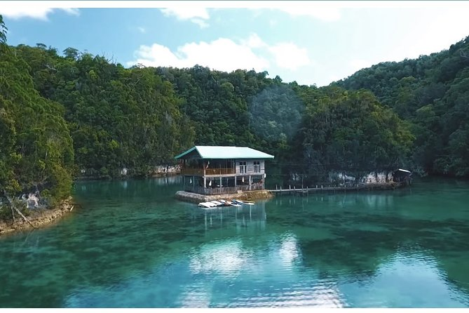 Be mesmerize of Siargao, The most famous Sugba Lagoon.<br><br>The additional payment of 50php for foreigners will be collected on the day by the tour guide. This is in accordance to the law implemented on Del Carmen Municipality. Bringing of food, plastic bottles and noise pollution is strictly prohibited.<br><br>Meet and greet with your driver/tour guide. You need to either have your early lunch/snack or have your lunch/snack late, after the Sugba Lagoon tour. <br>Tour Duration is just 6 to 7 hours including travel time. This is one of the places where you can do Paddle Boarding, Kayaking, Bamboo Rafting and roam around the Vast Places of Sugba Lagoon. Last but not the least activity to do at Sugba Lagoon is the most famous Ledge Jumping. You can also do Free Diving and Snorkeling as well. <br><br>Make sure to wear your favorite swimwear as you take a dip into the waters of these breathtaking paradise.