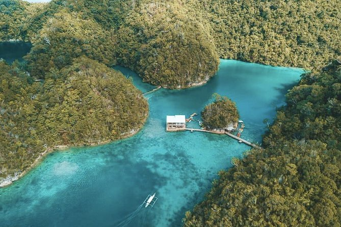 Be mesmerize of Siargao, The most famous Sugba Lagoon and Magpupungko<br>Be accompanied by our friendly, dependable tour guides for a hassle free vacation.<br>The additional payment of 50php for foreigners will be collected on the day by the tour guide. This is in accordance to the law implemented on Del Carmen Municipality. Bringing of food, plastic bottles and noise pollution is strictly prohibited.<br>Tour Duration is just 7 to 9 hours including travel time. Sugba Lagoo is one of the place where you can do Paddle Boarding, Kayaking, Bamboo Rafting and roam around. Magpupungko can be visited only during low tide, in order to see the marvelous nature made swimming pool with its crystal clear water and to be amazed with a thousand year old rock formation. A rock that is sitting on another rock. Basically this tour can start at Magpupungko or can start at Sugba Lagoon. <br>Make sure to wear your favorite swimwear as you take a dip into the waters of these breathtaking paradise.