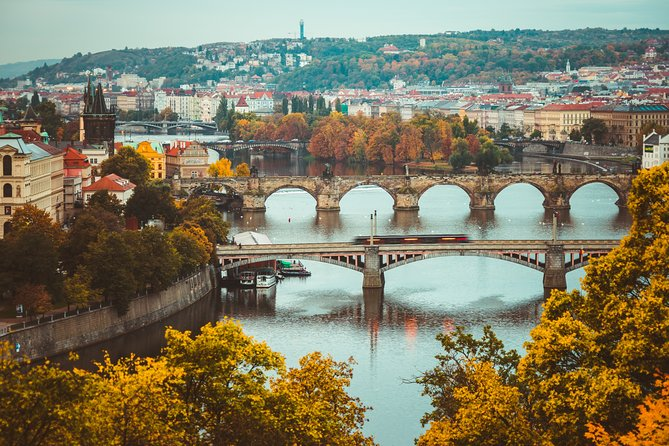 Private Transfer from Berlin to Prague with 2 Sightseeing Stops, Berlin, ALEMANIA