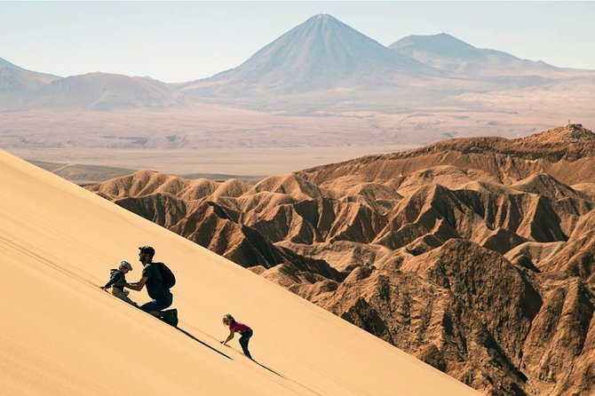 Enjoy the most popular excursions surrounding areas of San Pedro de Atacama, a little and charming town in the middle of the driest place on earth. Visit Salar de Atacama (the world's third largest salt flat), Moon Valley, Death Valley and El Tatio Geysers (the third largest in the world). <br>
