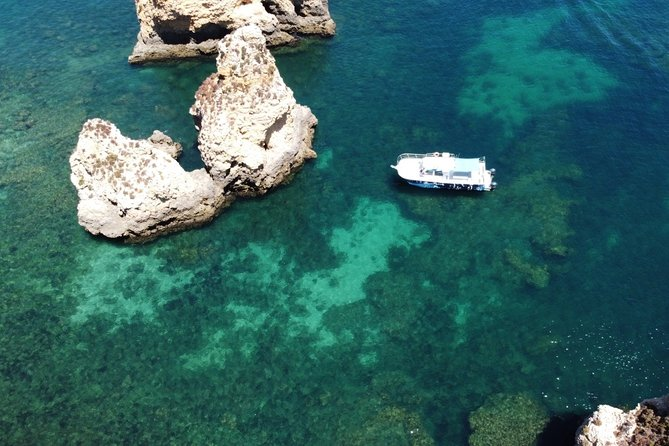 "If you are looking for a more laid-back activity, our boat tour with lunch included could be just the thing. During three hours and a half we will make a coastal trip along the famous Ponta da Piedade and Coast of Lagos.<br><br>Visit the coast of Ponta da Piedade, take a swim in a sheltered bay and then have a spot of lunch. <br><br>There's no better way to spend a morning or afternoon than to be surrounded by all the goodness that nature has to offer, tasty traditional food and a professional crew to take care of everything for you.<br><br>In this trip you have the oppurtunity to taste genuine flavor of Portuguese ""chouriço"" and cheese before lunch on board (roast chicken). <br><br>- Non crowded boat (max 14 people)"