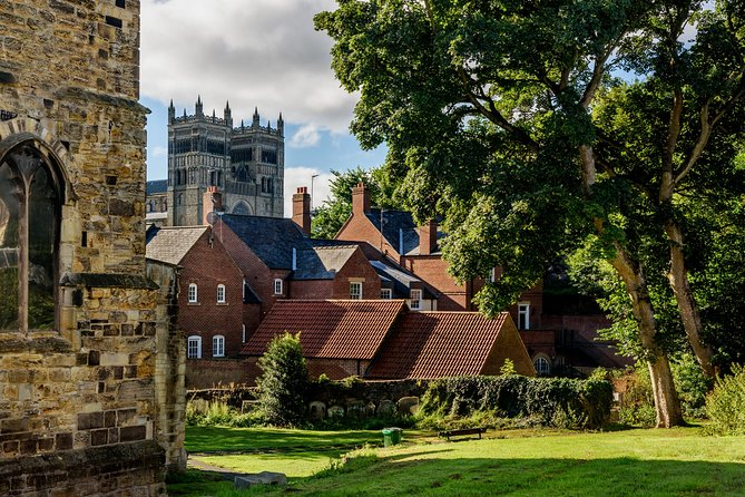 """Together with the professional guide, you will visit the most charming places in the city. The name """"Durham"""" comes from the Old English """"dun"""", meaning hill, and the Old Norse """"holme"""", which translates to island.<br>You will have a chance to explore the city while hearing fascinating facts and legends. Do you know what is the most famous building of this amazing city? You will be surprised how many stories are hidden in the streets, buildings, and corners of Durham. Your charming guide will tell you what is special and unique about living in this city. Perfect for those who are visiting the city for the first time and want to get the most of it! <br>"""
