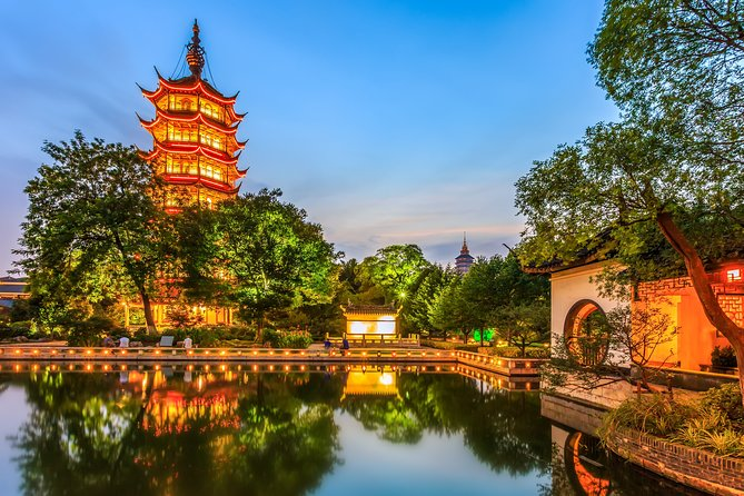 An exclusive tour for all the romantics of the world! Together with the local professional guide, you will visit the most romantic places in the city. Changzhou has many romantic parks like Dongpo Park, Hongmei Park, and WuJin Taihu Lake Bay Tourist Resort.<br>You will feel spellbound in a charming atmosphere. Where is considered as one of the best places to have a date in the city? Where can you take lovely photos? You will be surprised how many historical love stories there are hidden in the streets, buildings, parks of Changzhou. From heartbreaking and tragic, to the hilarious or spicy ones. Why was Changzhou nicknamed the Dragon Town? What is the most famous historical couple in China? What is the tragic love story between Liu Lanzhi, a girl from an unknown family, and Jiao Zhongqing, from a declining official family? A tour especially recommended in the Saint Valentine period!