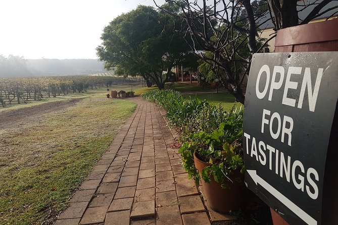 Tintilla Estate: Wine Tasting with a Meat and Cheese Platter, Hunter Valley, AUSTRALIA