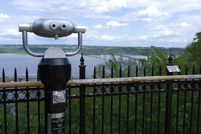 Recorrido en bicicleta por las cataratas de Montmorency en Quebec, Quebec, CANADA