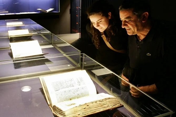 Experience the aura of one of the most important books in the world and let this captivating museum take you back in time. A breath-taking collection of the first ever printed books just a stone's throw away from Gutenberg's original workplace. Not only for book lovers!