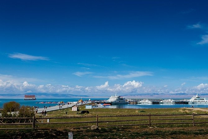 An exclusive tour for all the romantics of the world! Together with the local professional guide, you will visit the most romantic places in the city. Qinghai Lake is the highest salt lake in the world and China's largest lake. You will feel spellbound in a charming atmosphere. Where is considered as one of the best places to have a date in the city? Where can you take lovely photos? You will be surprised how many historical love stories there are hidden in the streets, buildings, and parks of the city. From heartbreaking and tragic, to the hilarious or spicy ones. What legend lies in the lovely and majestic Mount Laoye? What was so tragic about the love story between a pair of famous lovers- Liang Shanbo and Zhu Yingtai? A tour especially recommended in the Saint Valentine period!