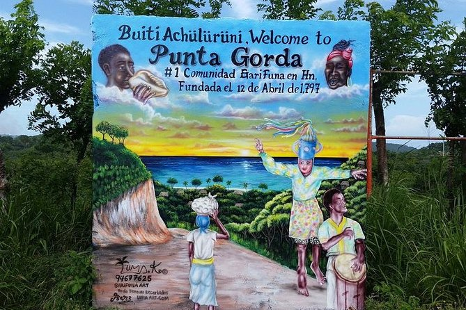 Enjoy the History, Culture, & Tradition of Roatan Native Ethnic Garifuna people on the island, as well of how to prepare their local cuisine and learn how to prepare it in your own kitchen. You will make a stop at Daniel Johnson Monkey/Sloths Hangout for you to see the animals. You will be making stops along the way for shopping, and photo opportunity before arriving to the Garifuna Local Village to enjoy their local cuisine and rich history and culture, before heading over to the town of Oak Ridge. The village built on stilts over the water there you will board your motor taxi to tour the mangrove tunnel. After that if the mood strike you can spend some time on the beach with your family and friends or go for a nice mouth-watering lunch.