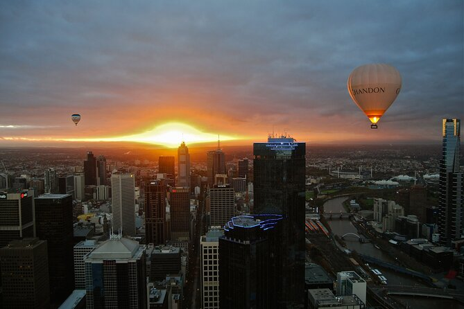 Ballooning over Melbourne, a once in a lifetime experience. <br><br>Amazing views of Melbourne at Sunrise. Depending on the wind direction on the day, many of our flights take us right over the city centre or very close to it. Spectacular sights of the CBD in the early morning makes this an experience you will never forget. Come and fly with us over the largest city in the World where regular balloon flights take place and experience this unique and peaceful adventure in the oldest form of aviation. Join loved ones, give the gift of a balloon flight or just treat yourself and tick this off your bucket list...