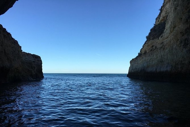 Cave Captain - Cavernas e viagens pela costa - Algarve - Benagil, Portimão, PORTUGAL