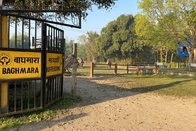 2 nights 3 days close up Chitwan National park tour is very much exciting adventure as we will be doing famous jungle activities